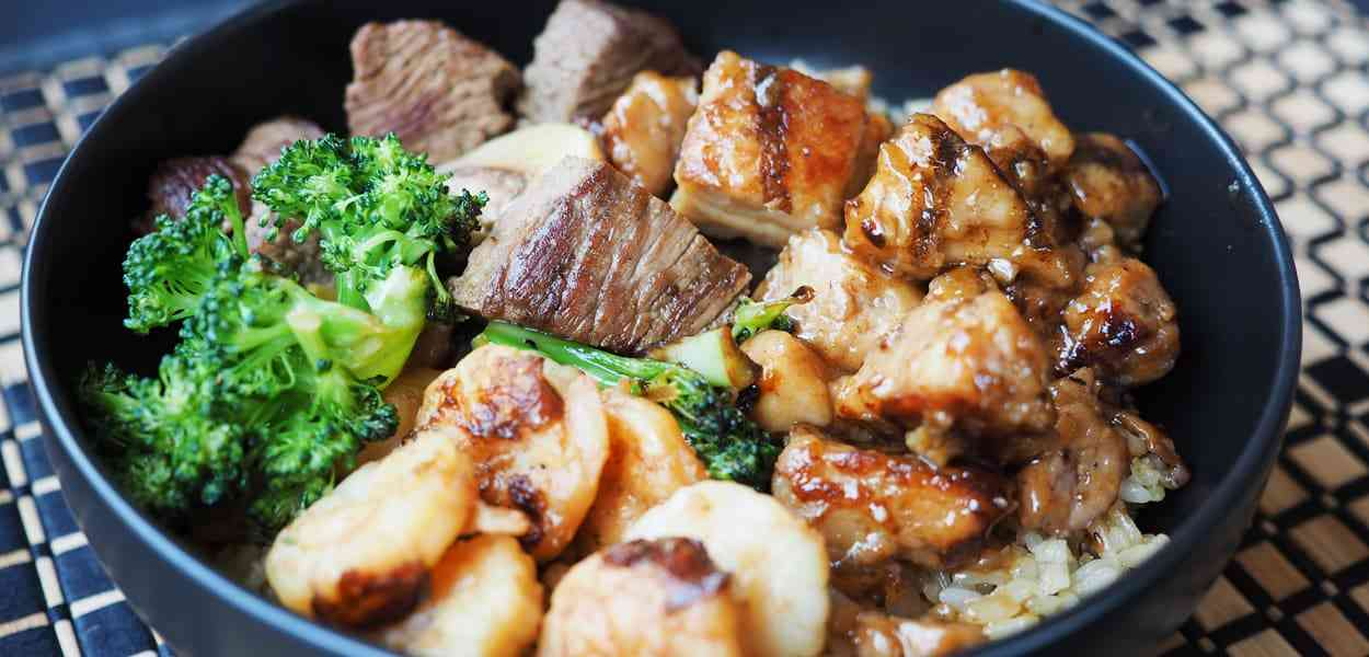 bowl with mushrooms and broccoli