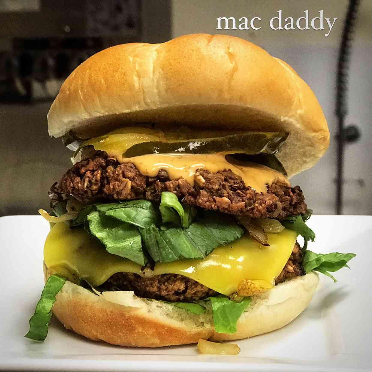Mac Daddy Burger