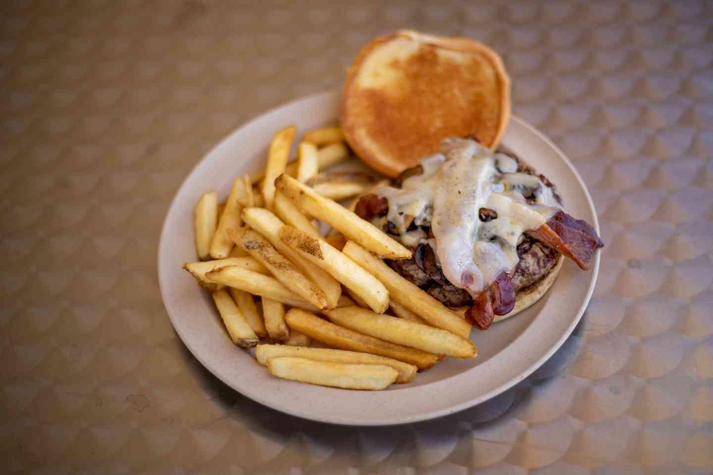 Bacon, Swiss & Mushroom Burger