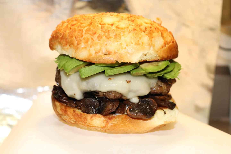 Mushroom-Avo Cheeseburger