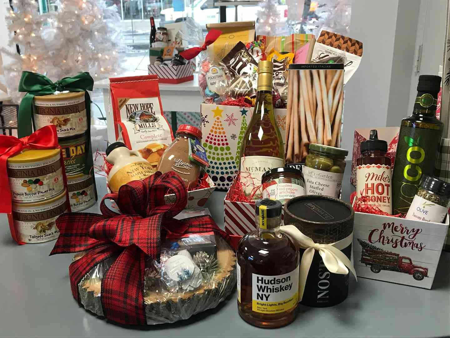 Gift Cards & Baskets