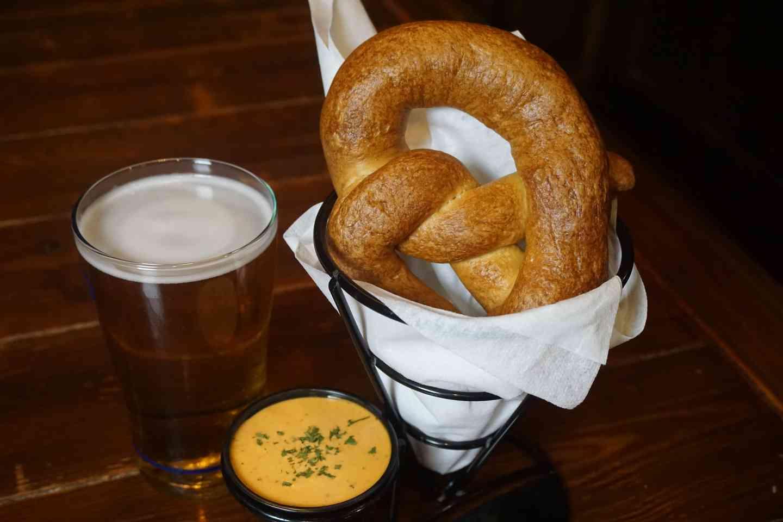 Cinotti's Pub Pretzel