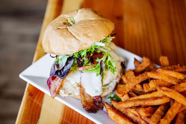 Pa Dale's Chicken Sandwich