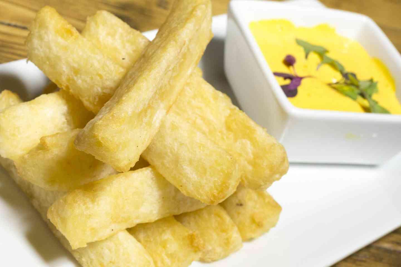 Fried Yuca (Cassava/Tapioca)