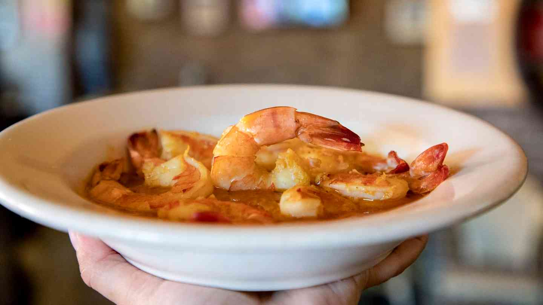 35. Camarones al Ajillo - Shrimp in Garlic Sauce