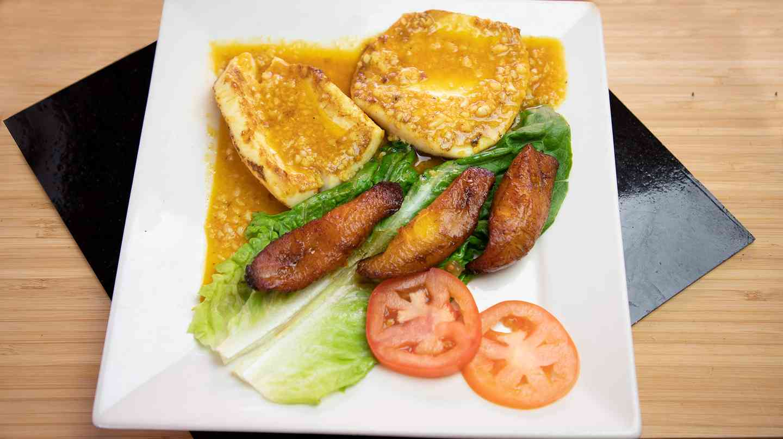 37. Bistec-de-Calamar - Calamari Steak