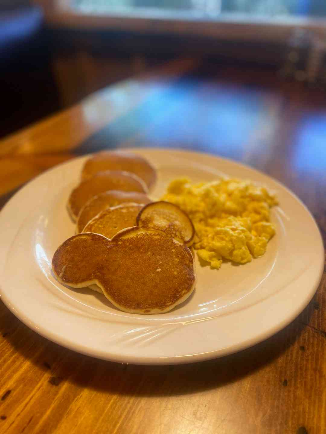 Dollar Size Pancakes (5) and One Egg