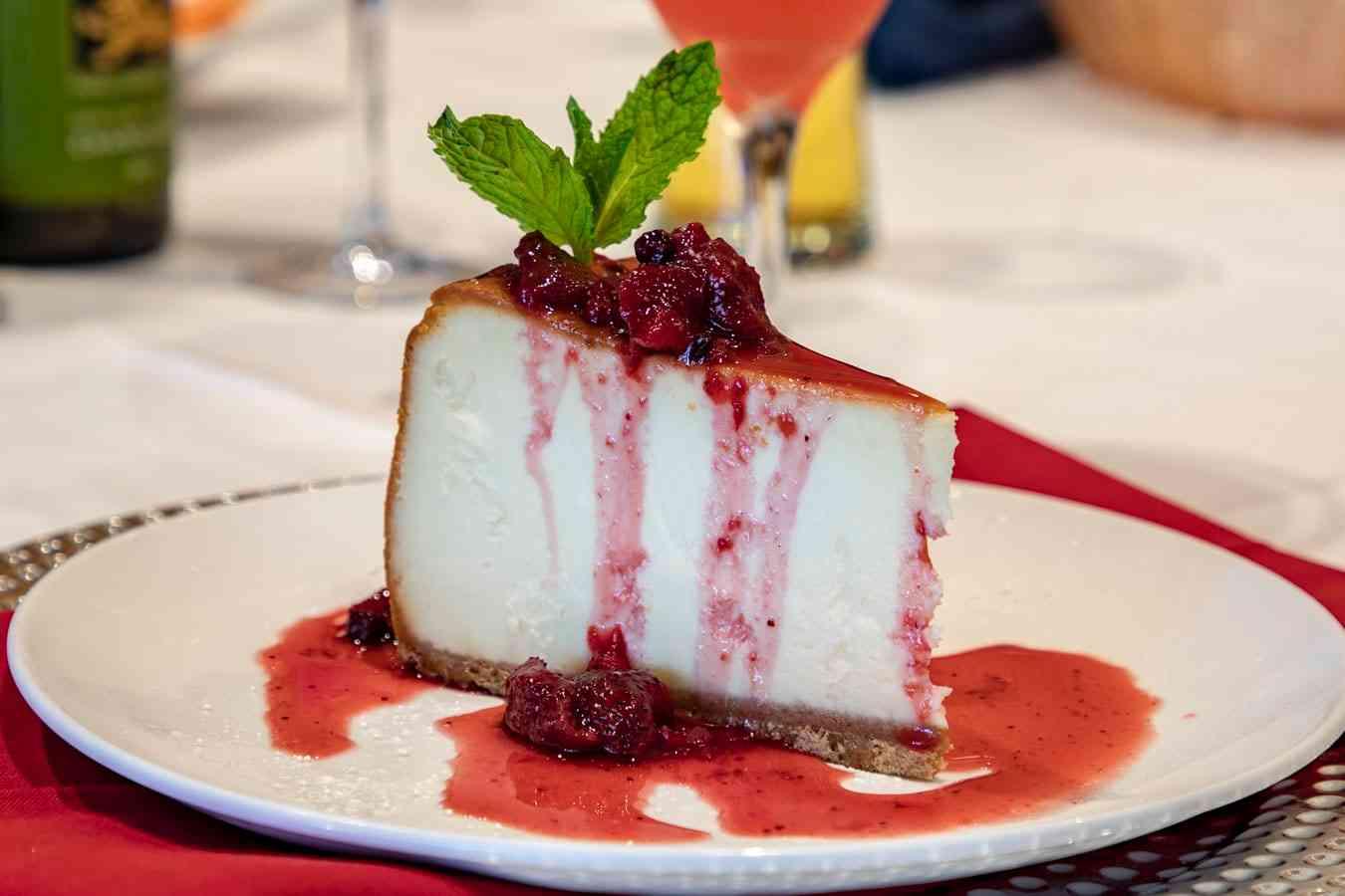 New York Colossal Cheesecake
