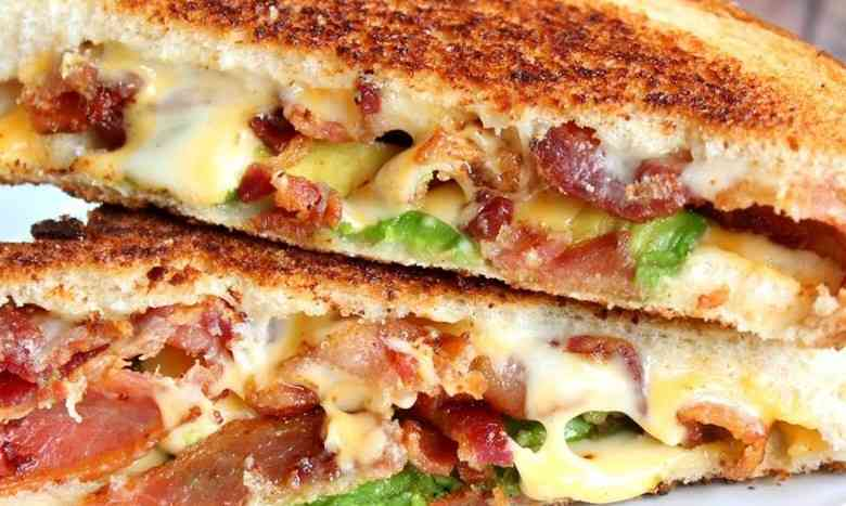 Guacamole Bacon Grilled Cheese