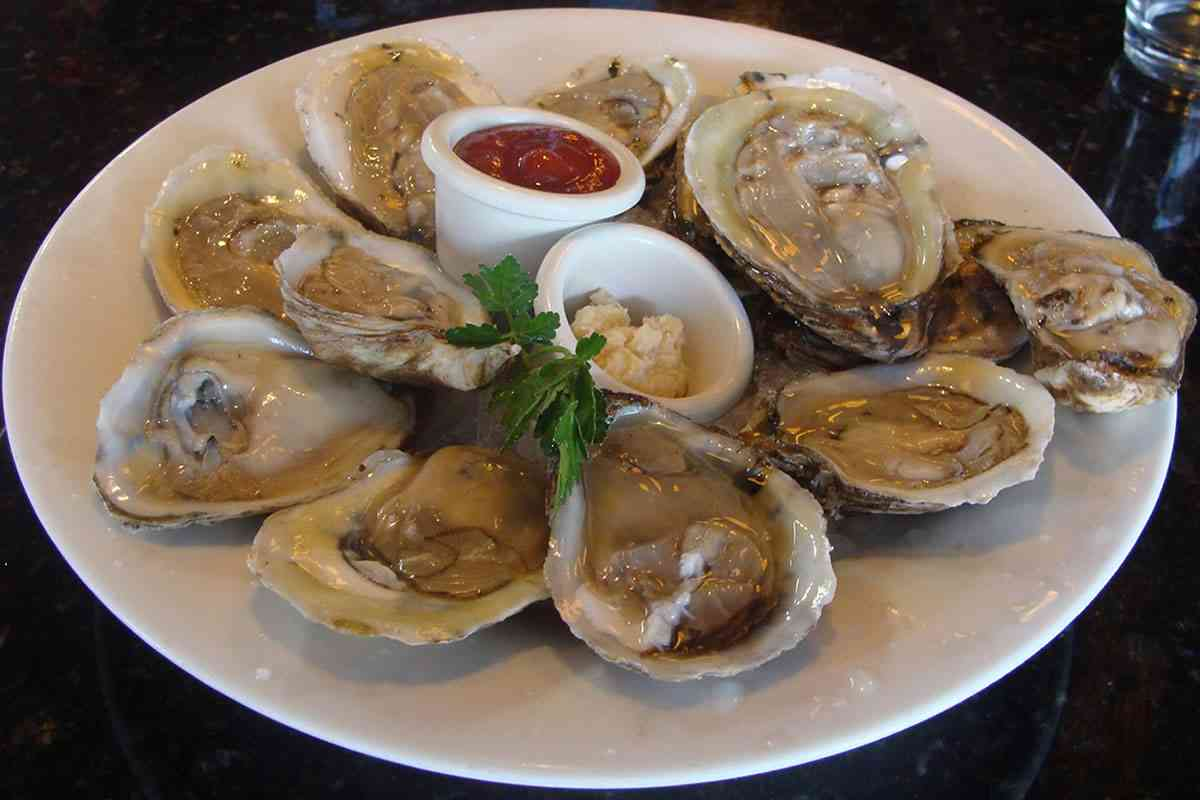 Half Shell East Coast Oysters