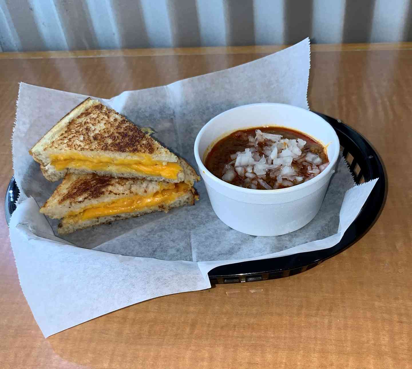 1/2 Grilled Cheese Chili Dipper