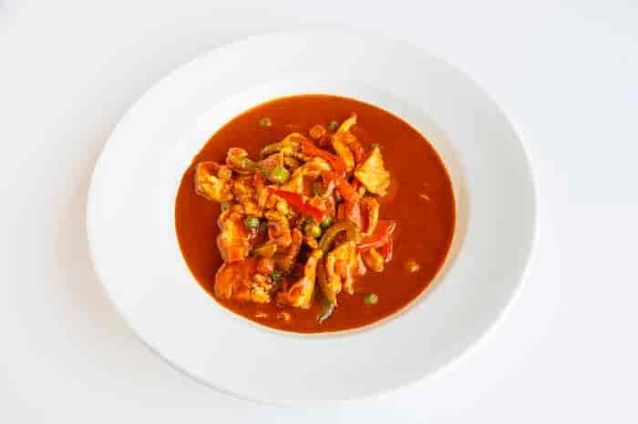 L5. Panang Curry + Rice + Salad