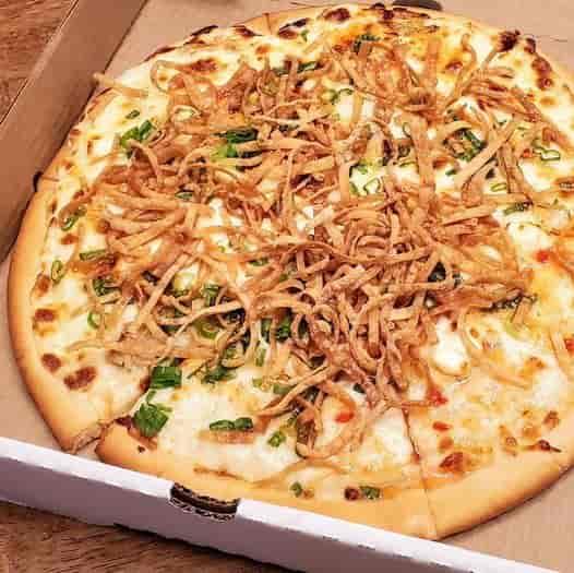 Small Crab Rangoon Pizza