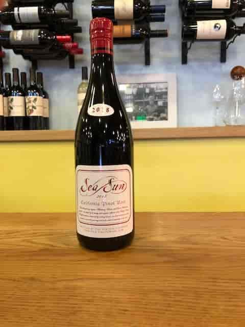 Pinot Noir - 2019 Sea Sun