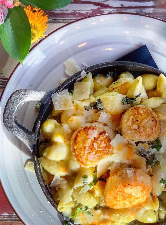 Seafood Pesto Mac