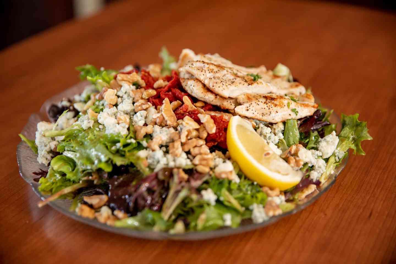 Walnut Gorgonzola Salad