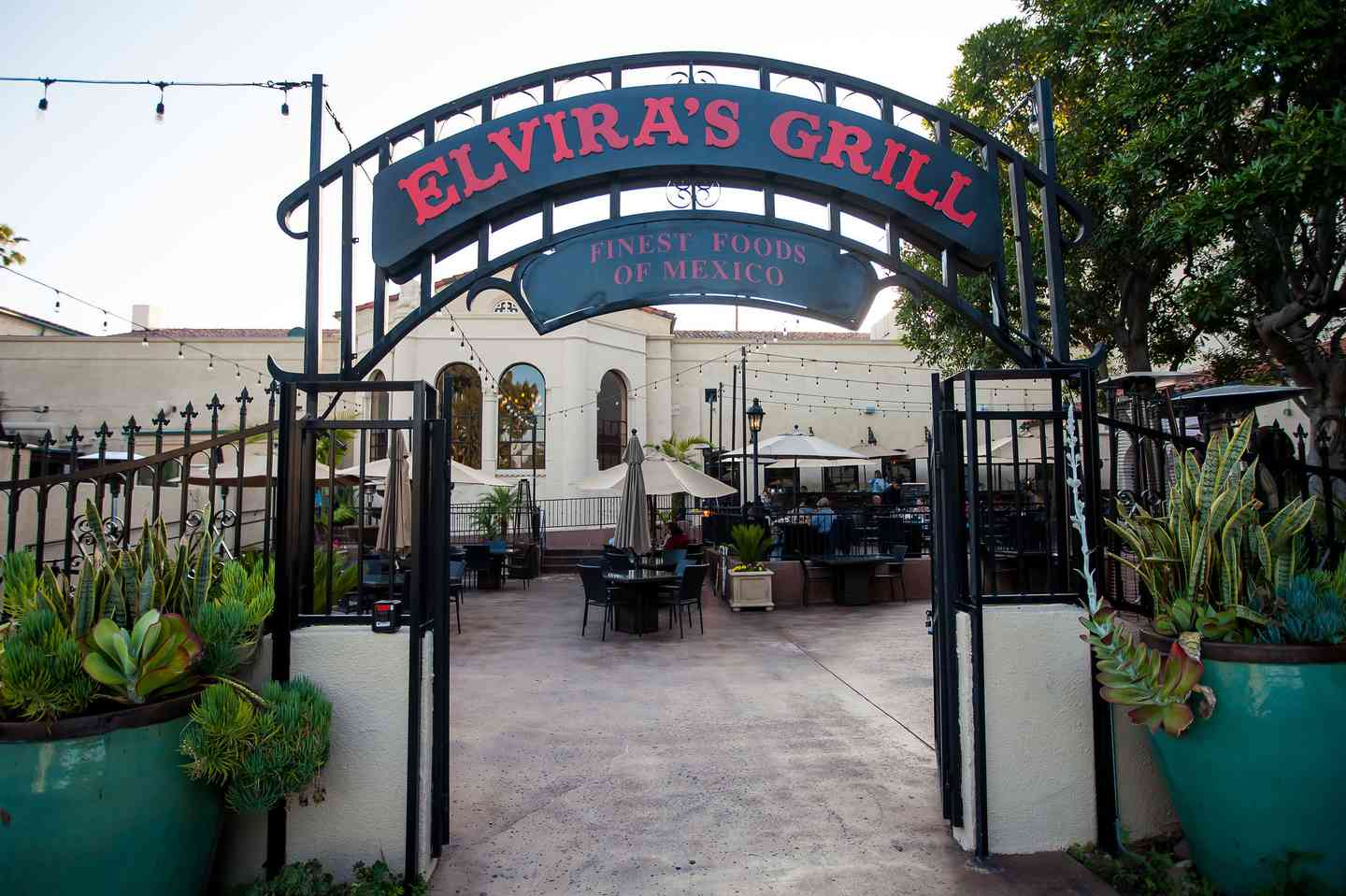 Elvira's Grill Patio
