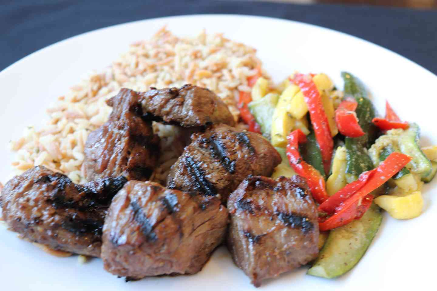 Grilled Steak Tip Entrée