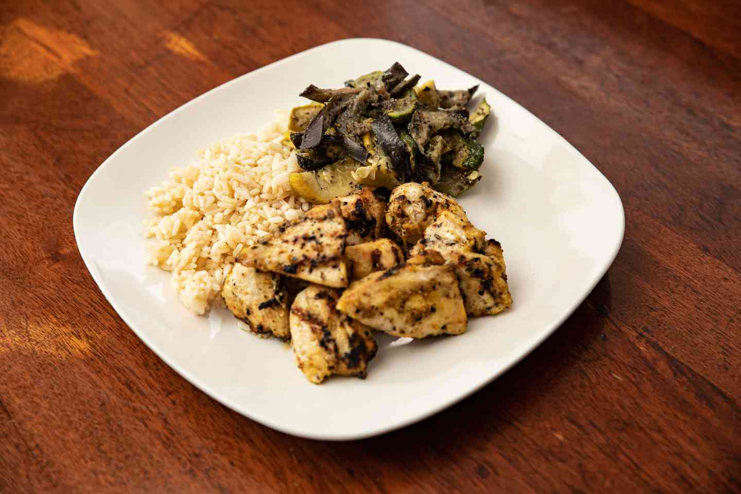 Grilled Chicken Tip Entrée