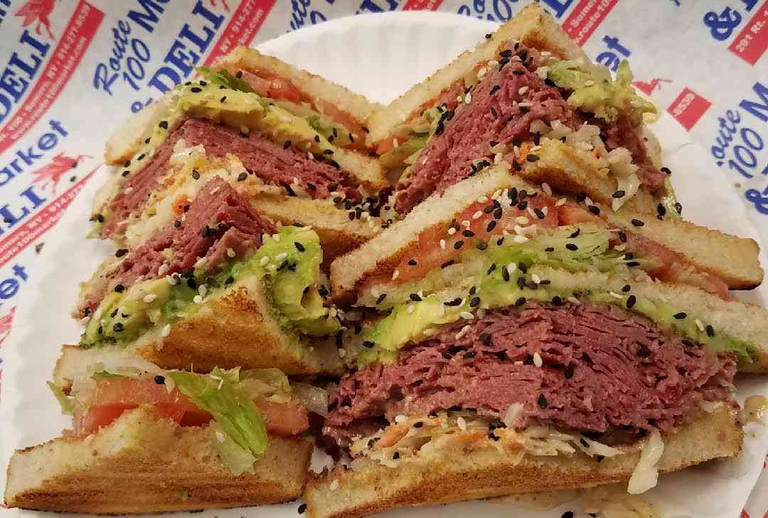Corned Beef Or Pastrami Reuben