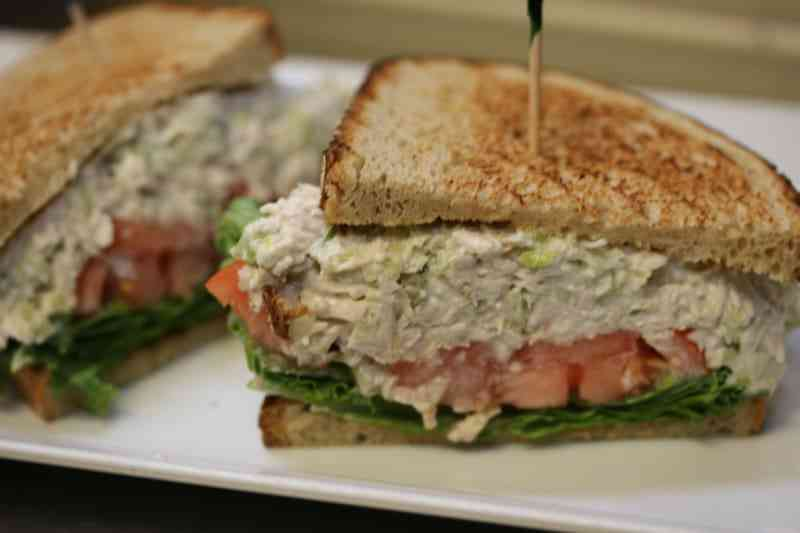 Low Fat Tuna Sandwich