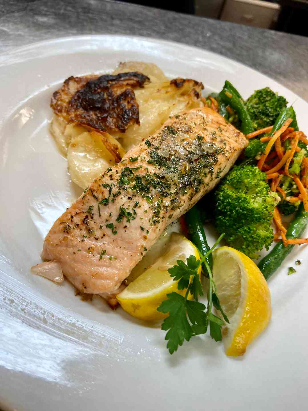 Broiled Norwegian Salmon