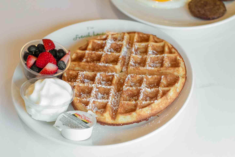 Crisp Waffles Breakfast (Fri-Sun only)