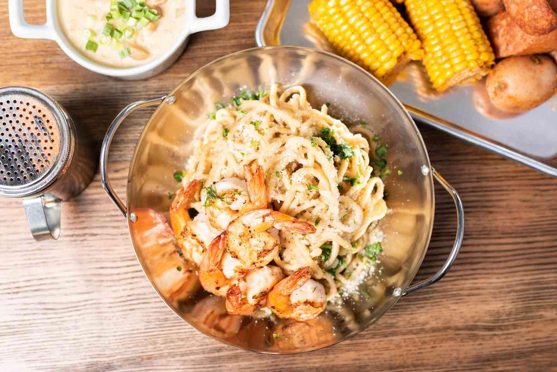 Garlic Noodles w/ Grilled Shrimp