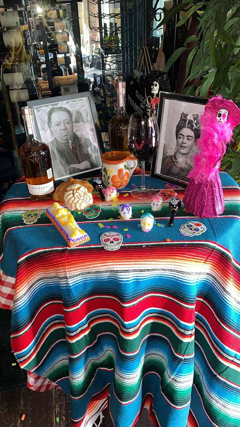 Day of the dead table decorations
