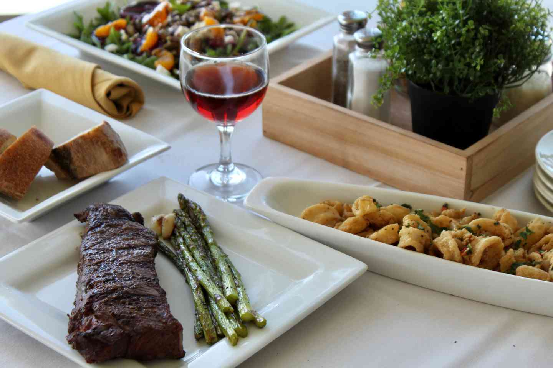 Steak/calamari/salad