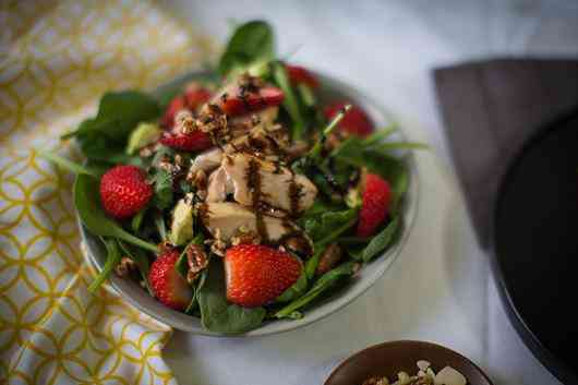 Spinach, Chicken, & Berries Salad