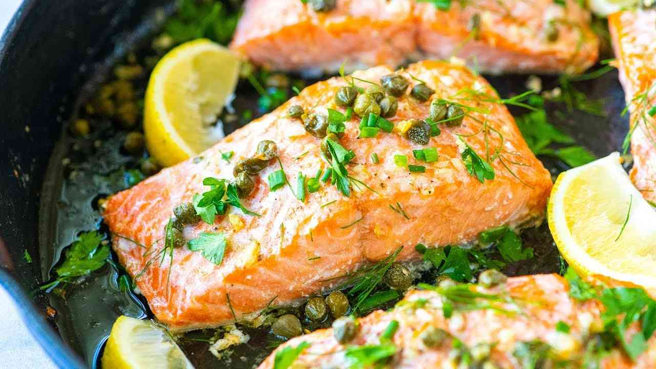 Grilled Salmon Fillet with Shallot Caper Lemon Sauce