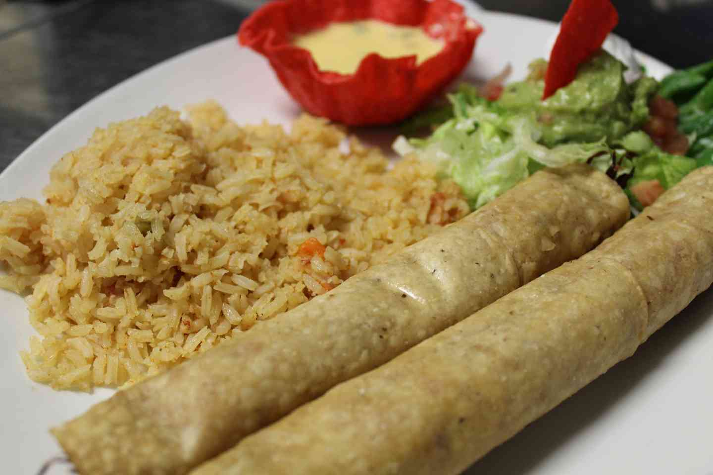 4. 2 Chicken Flautas