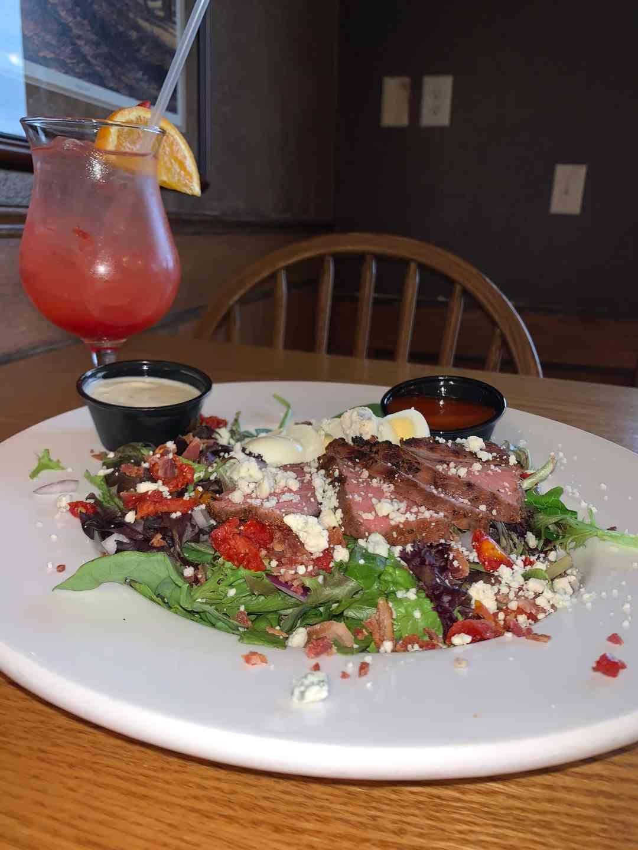 Black and Blue Steak Salad