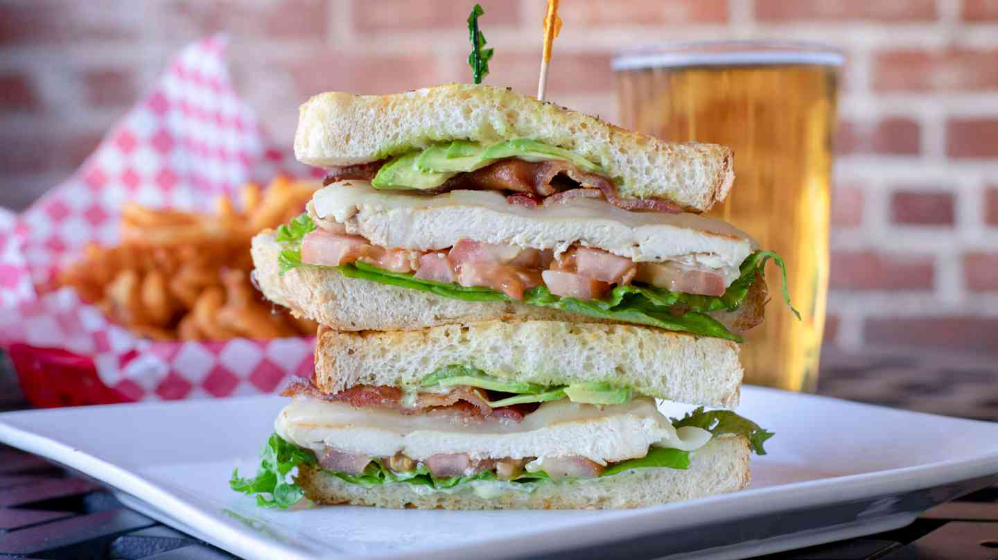 pesto chicken club