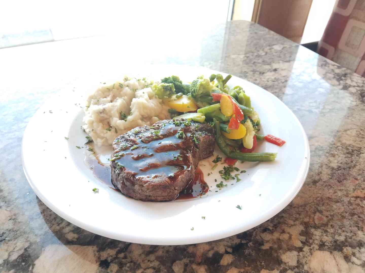 8 oz. Filet Mignon (angus beef)
