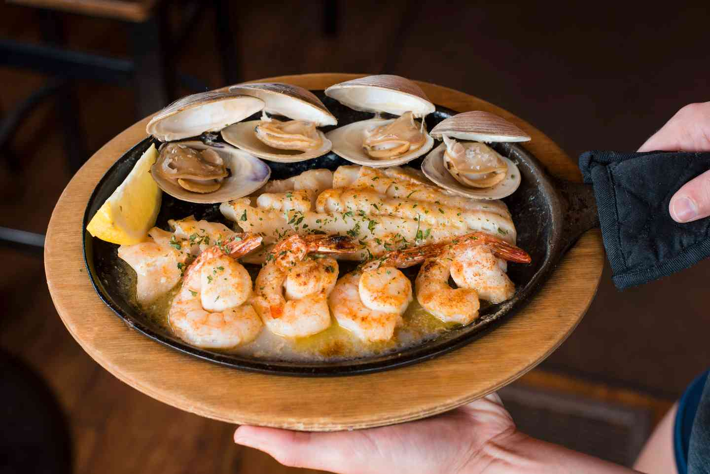 Broiled Platter Haddock, Shrimp, Sea Scallops and Clams