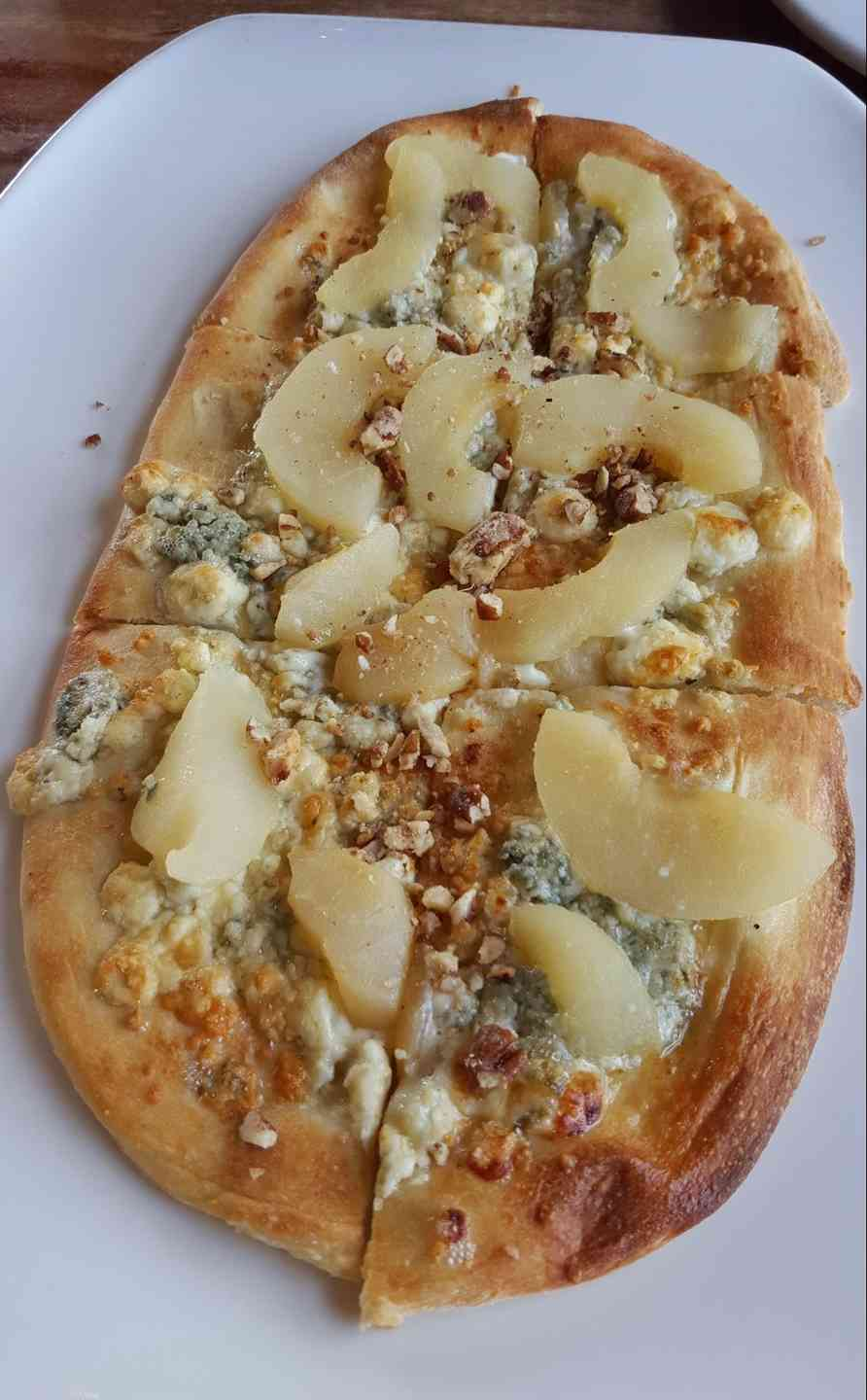 Pear-Gorgonzola Flatbread