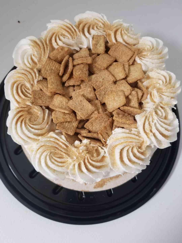 Cinnamon Toast Crunch Ice Cream Cake