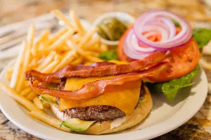 Antoine's Burger