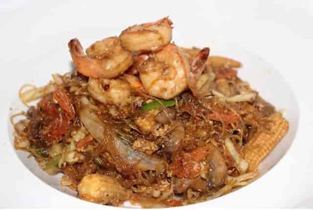 Pad Woon Sen Shrimp