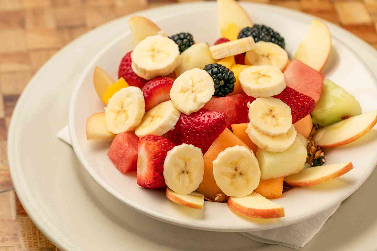 Granola and Fresh Fruit Bowl