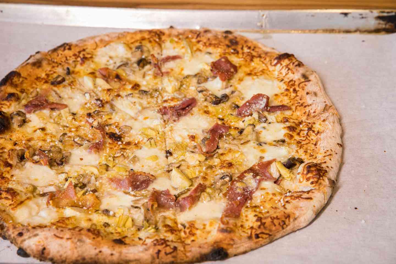 Caprricciosa Pizza