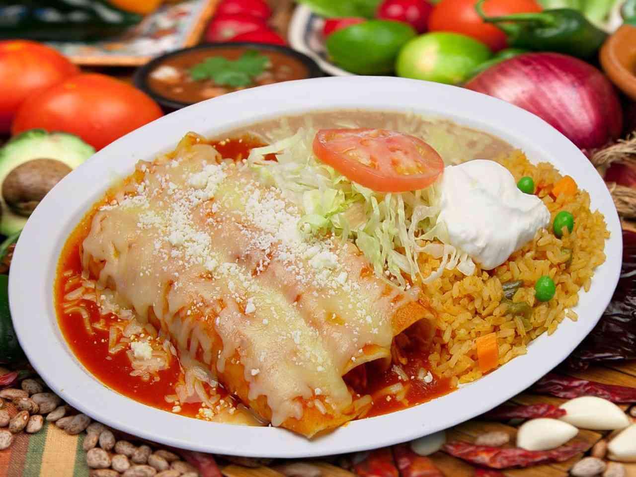 #4 Enchiladas Mexicanas