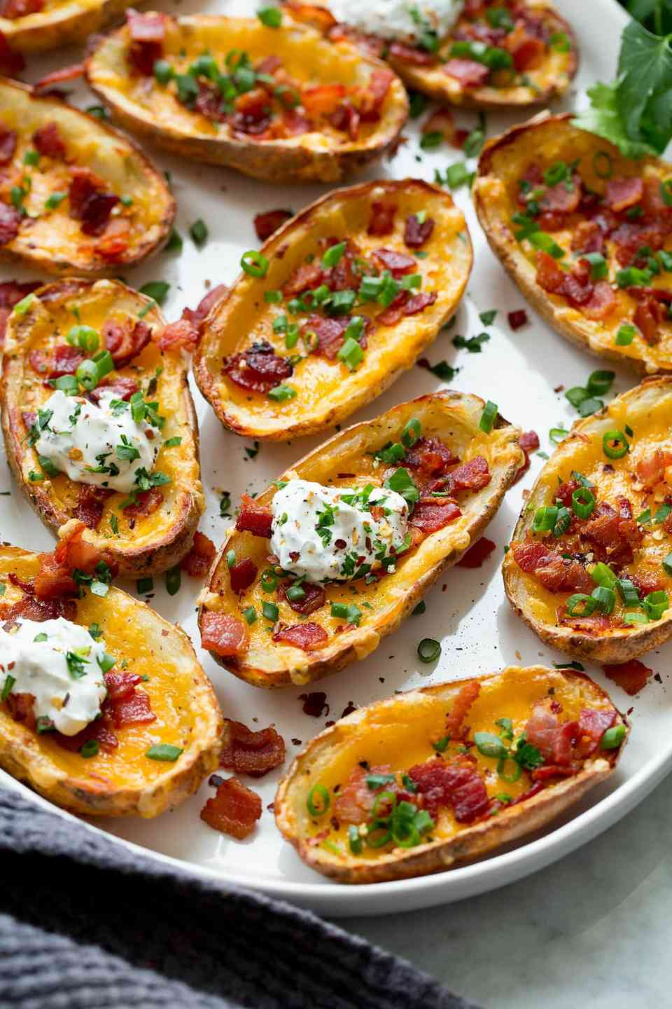 Potato Skins with Bacon & Cheddar Cheese Platte