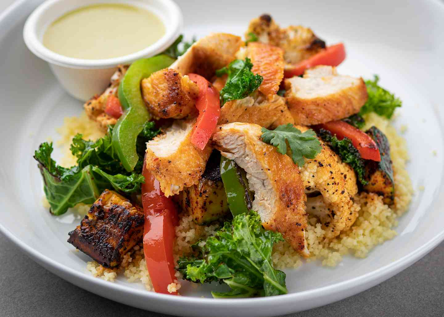 Cauliflower & Smoky Grilled Chicken Bowl 01
