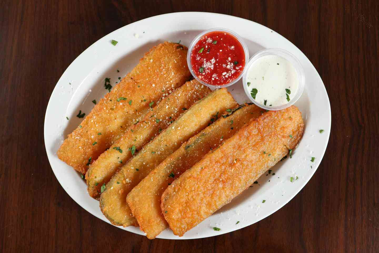 Breaded Zucchini (5 pc)*