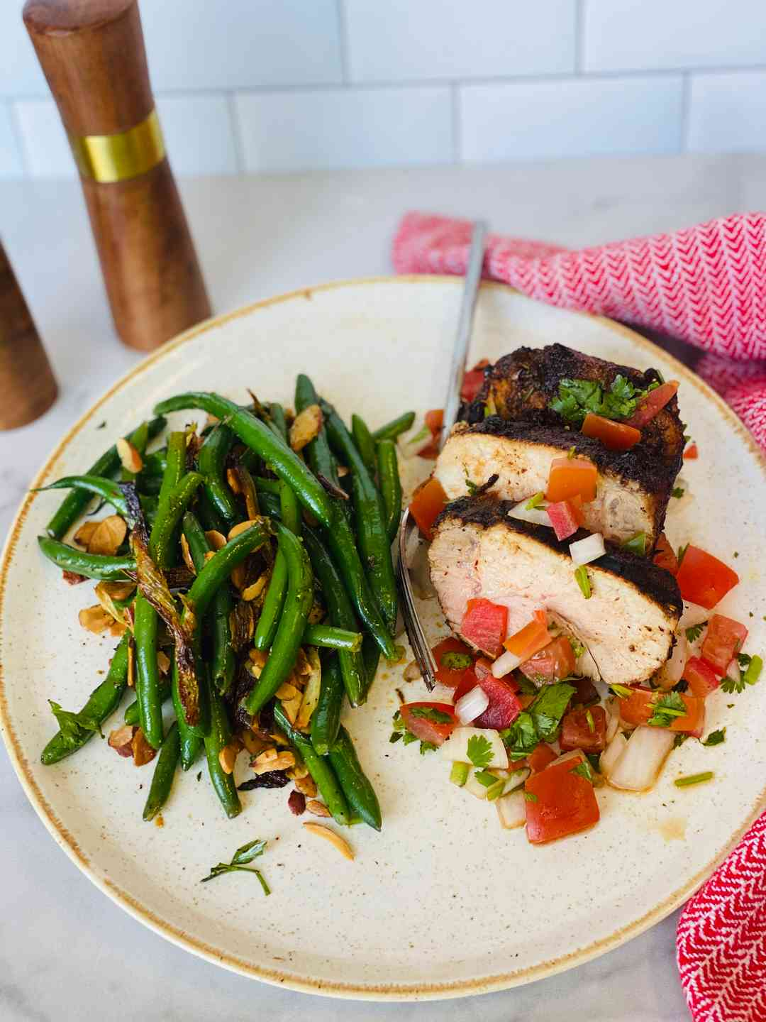 South West Pork Tenderloin with Green Beans and Fennel