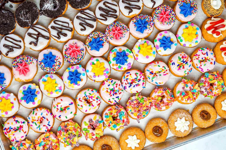 60 Mini Donuts