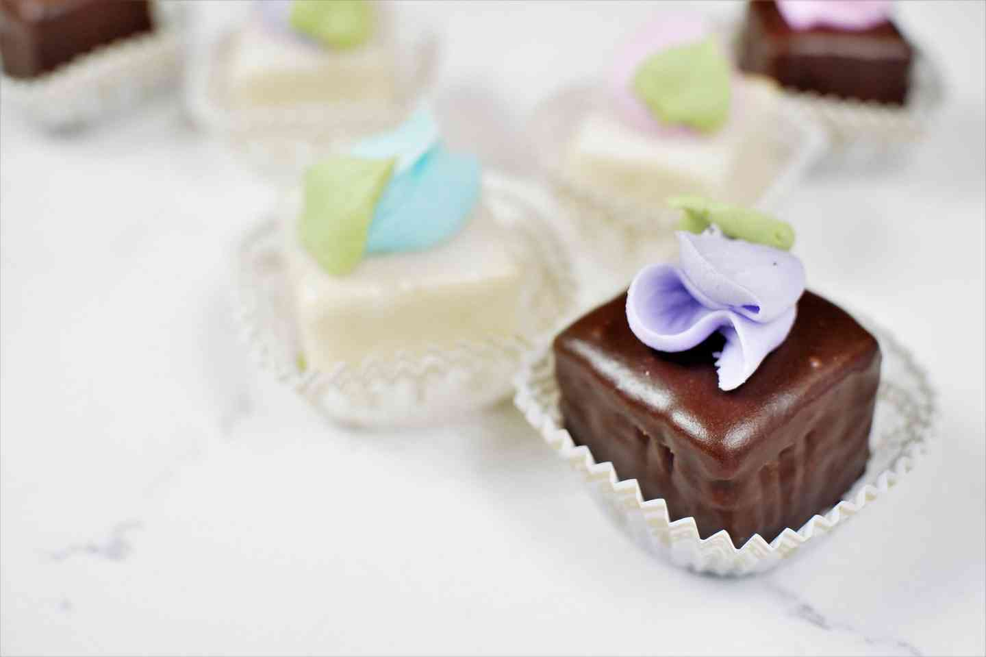 Petit Fours - Stock Design Only